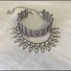 Jewelry - Silver choker necklace NWOT